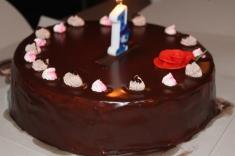 Ook op haar echte verjaardag natuurlijk taart