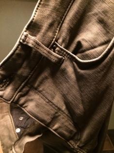 Shaping Regular Jeans Groen, H&M: €34,99