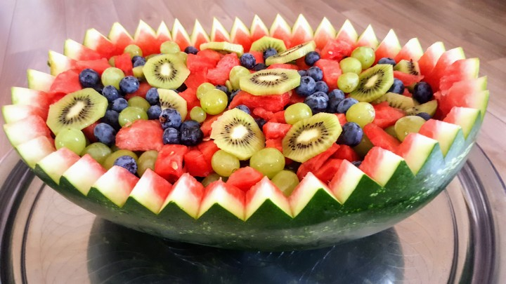 Fruitsalade in watermeloen | Creatief metfruit